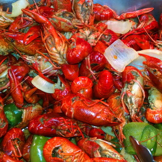 Order crawfish and seafood